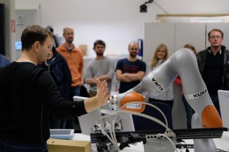 RTC Training bei ROBOTICS